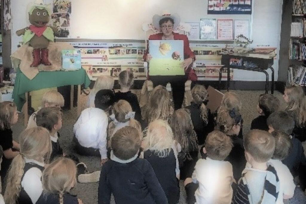 Read Aloud to children is interactive.